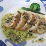 14034634 - メイン:海老のムースを詰めた鶏もも肉のロースト 香草のバターソース