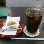 14036640 - アイスコーヒーとわらびもち