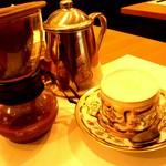 一味一笑 - コーヒーはお客様の目の前で淹れます