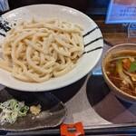 ががちゃ屋 - 肉汁うどん  大盛り     ¥750+¥100