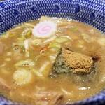 六厘舎 - スープの表情。