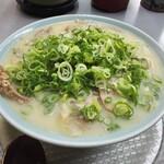 こんなもんじゃ - 料理写真:とんこつチャーシューメン900円