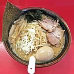らーめん製作所 - 料理写真:「青唐辛子味噌らーめん」¥830+「味玉」¥100
