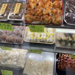 和泉屋 - 全部食べたい。