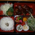 1404600 - 定番の定食~ これで温タマ入りお吸い物付き1100円。実物のボリュームたるや!