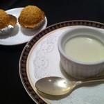 Chuugokuryouriryuuhou - 抹茶プリンとゴマ団子