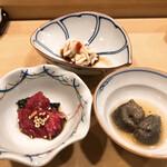 鮨處つの田 - 鯨のお肉・近江産のなまこ・鱈の白子ポン酢