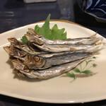 昭和レトロ酒場 倉吉 - メザシの炙り