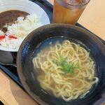沖縄そば処 まるそば - 料理写真: