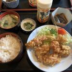 壷屋 - 料理写真:唐揚げ定食