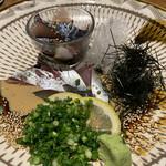 旬の鮮魚と魂の煮込み ぶん福茶がま - 白のごまさば、黒のごまさば ハーフ&ハーフ