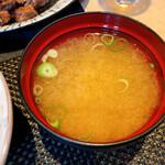 パンドラ - 味噌汁(具がさびしい)