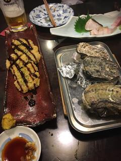 瀬戸内家良ちゃん - 焼き牡蠣うまっ。ジャコ天フライはカラシを効かせるといけました。