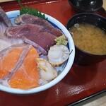 築地食堂源ちゃん - 日替わり海鮮丼
