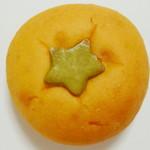 パネッテリア プルチーノ - トマトパン(真上から、2012年7月)