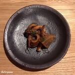 バダローネ - イカと大根のストゥファート