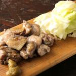 とりや なんじゃこりゃ - 阿波尾鶏もも肉むね肉のミックス焼き