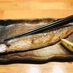 炭火串焼 鳥悠 - 秋刀魚の塩焼き油のっててうまい