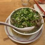 西華園 - 料理写真:台湾ラーメン(2辛)(680円)