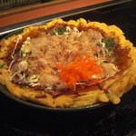 ゆ乃字 - 焼きあがった『ぶた玉』は皿に移し変えられ登場