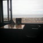 海が見えるそば家 - 特等席?に座りました(^^*)