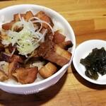 中華そば おかめ - チャーシュー丼