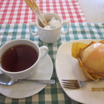 スノーク家 - まるごともも&紅茶