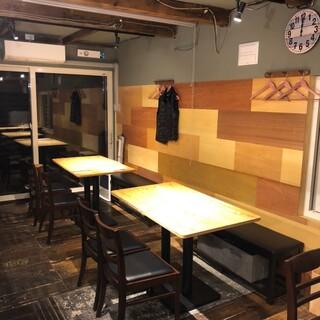 コース要予約◆温かな店内で、お食事のひと時をお過ごしください