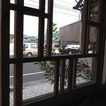 からさわ - カフェの窓から
