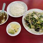天龍 - レバニラ炒め定食