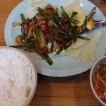 好楽園 - 料理写真:レバニラ定食