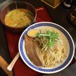 優勝軒 - チーズみそつけ麺 中盛(980円)