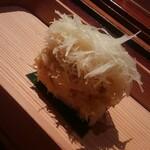 140519636 - 越前蟹と生姜の寿司