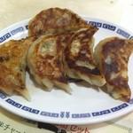 温州坊 - 特製焼餃子 \420