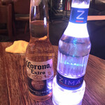 マッカーサーギャレッジ - 電飾ボトルが綺麗なジーマ