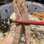 東京煮干屋本舗 - 【2020.10.10】細切りチャーシュー。