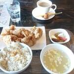 あなたの心に残る シンガポール キッチン&バーHOLIC - 写真5