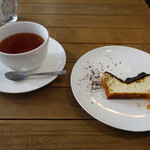驢馬とオレンジ - ブラックチーズケーキとアールグレイ