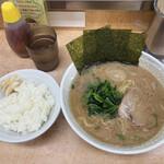 川崎家 - 料理写真:ラーメン並 味玉 ライス