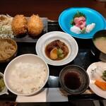 Shunsaiaoyama - カニクリームコロッケ定食1500円