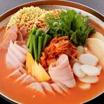 プデチゲ(韓国部隊鍋)
