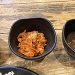 伝説のすた丼屋 - キムチ小鉢(150円)税込【令和2年11月11日撮影】