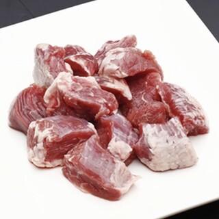新鮮な「ホルモン」や「国産牛タン」は当店のおすすめ!