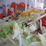 14056416 - トンコツと野菜炒めが 良い味です