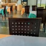 レストラン彩 - 内観