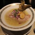 鯛白湯らーめん ○de▽ - 料理写真:鯛清湯さらり(850円、斜め上から)