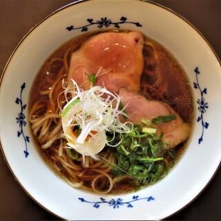 粉哲 - 料理写真:煮干しラーメン 750円