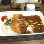 エーキッチン - 料理写真:カツカレー 900円