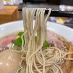自家製麺 鶏冠 - 麺