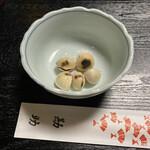 和食地酒 勘助 - お通しの銀杏です